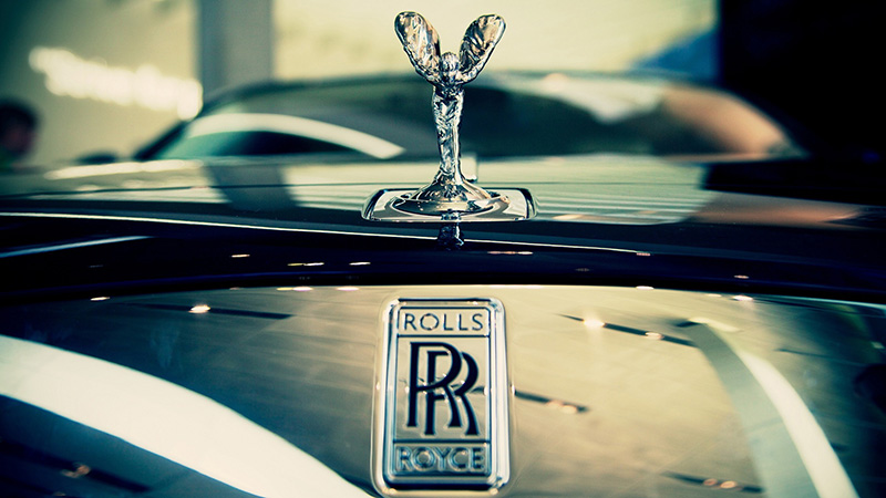 rolls-royce-hood-1920x1080 (1)