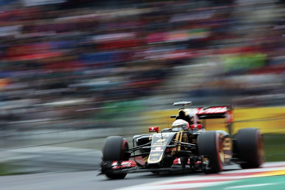 Фото © Lotus F1