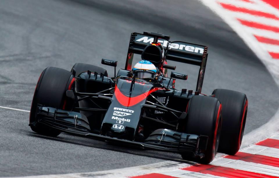 Фото © McLaren F1