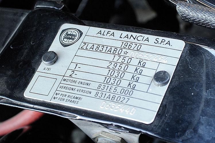 Lancia_Hyena_12pop