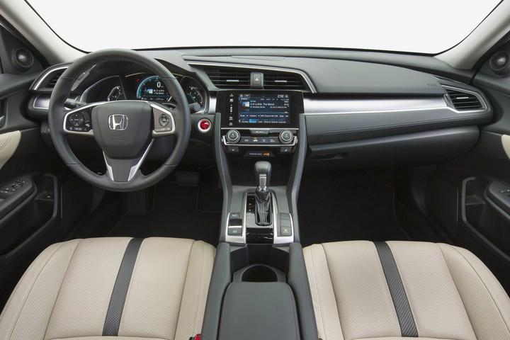 16_civic_sedan_109