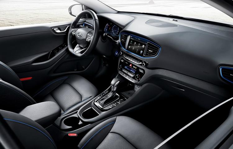 2016-Hyundai-IONIQ-4