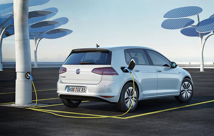 Новый Фольксваген Golf получит гибридные двигатели вместо дизеля