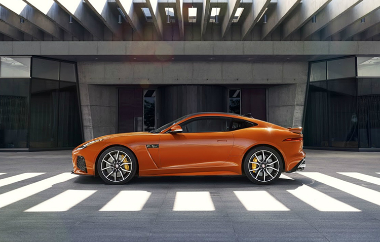 2016-jaguar-f-type-svr-22