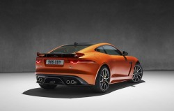 2016-jaguar-f-type-svr-9
