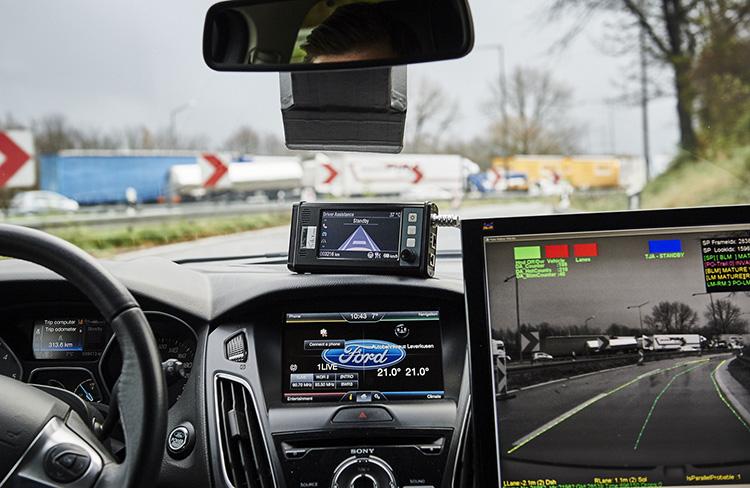 Ford-TrafficJamAssist