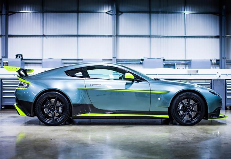 Aston_Martin_Vantage_GT8_1460728093455567