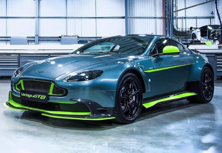 Aston_Martin_Vantage_GT8_146072809345567