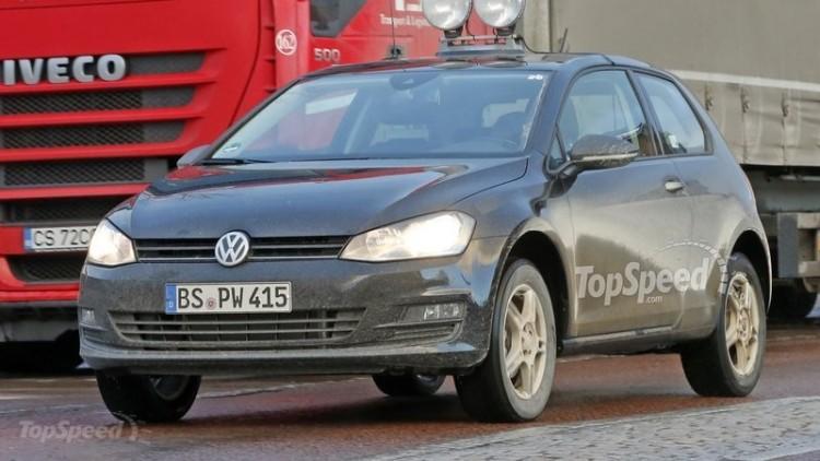 Компания Volkswagen выпустила на дорожные тесты Polo SUV