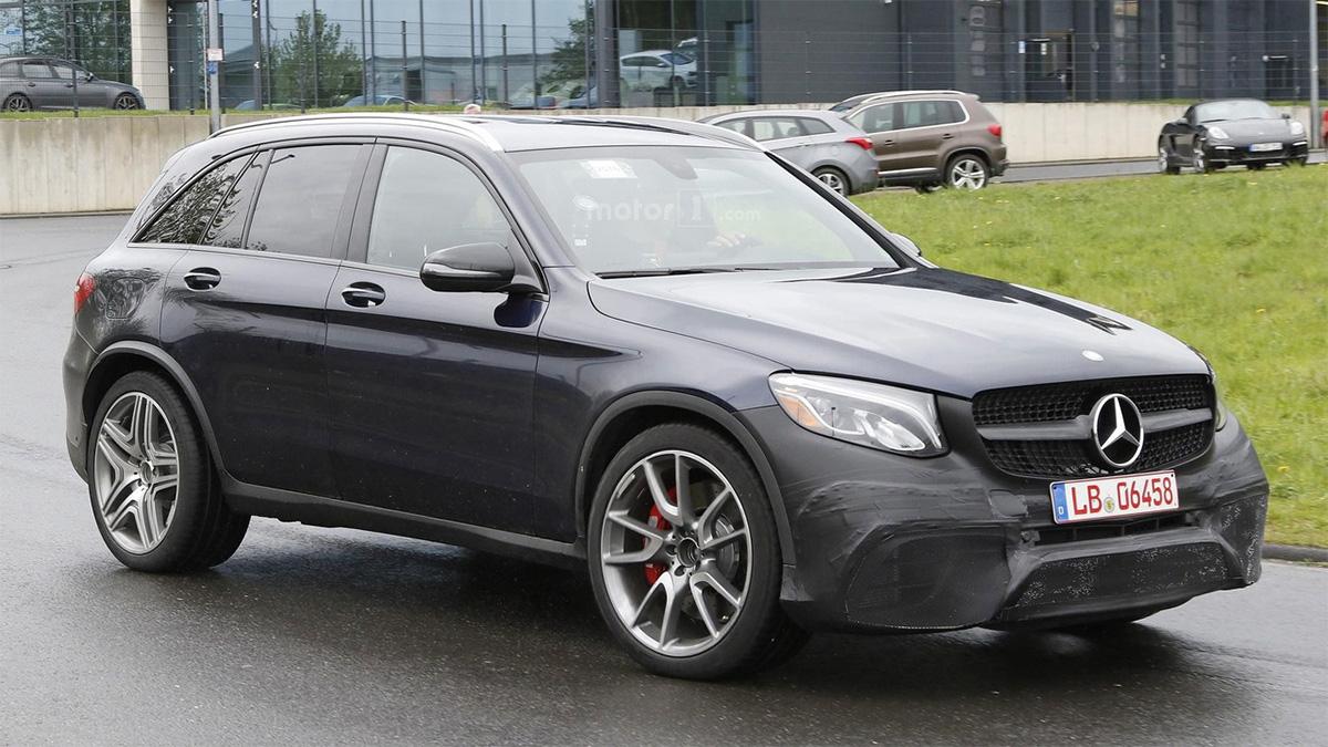 Mercedes-AMG-GLC-63-12-05-2016-5