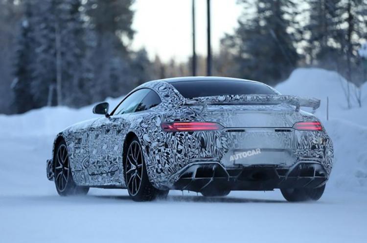 Mercedes-AMG_GT_S_2