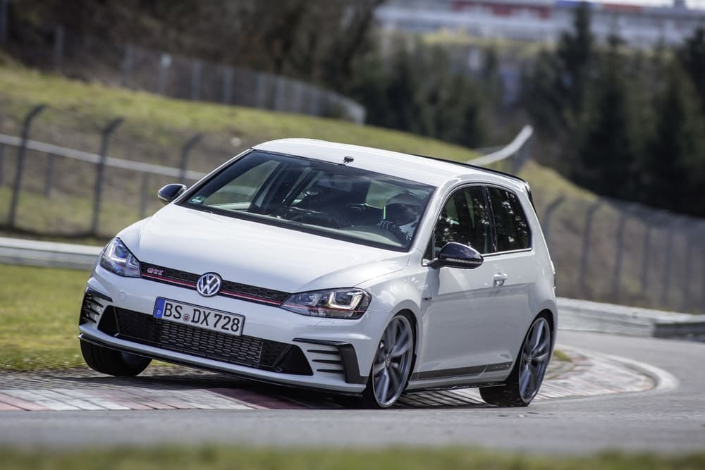 volkswagen-golf-gti-clubsport-s-record-9