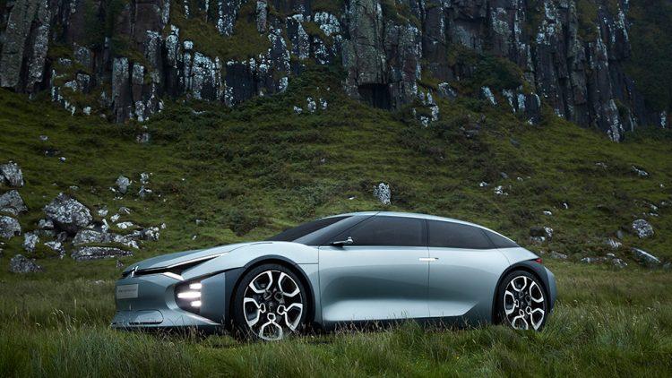 Ситроэн продемонстрировал премиальный гибридный автомобиль