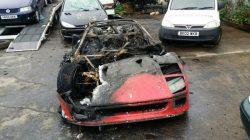 Ferrari-F40-burn-26-09-2016-4