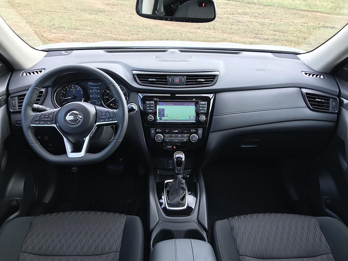 Освеженный Nissan X-Trail может быть таким. На фото - рестайлинговый Nissan Rogue - американская версия X-Trail, которая уже пережила обновление.