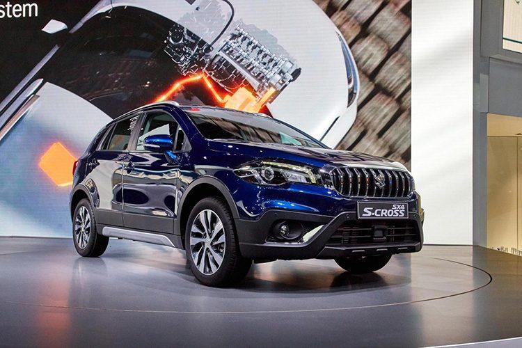 Кроссовер Сузуки SX4 вернулся на рынок автомобилей РФ