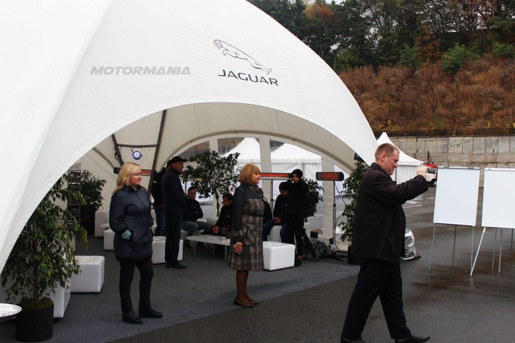 web-motormania-jaguar-test-13