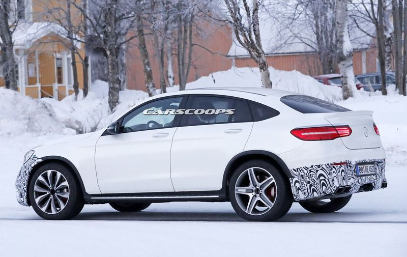 Mercedes-AMG-GLC-63-4Matic-Coupe-12-12-2016-1