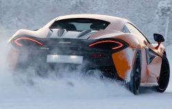 mclaren-570s-snow-1