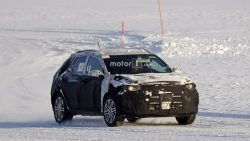 2018-kia-stonic-spy-photo-01-02-2017