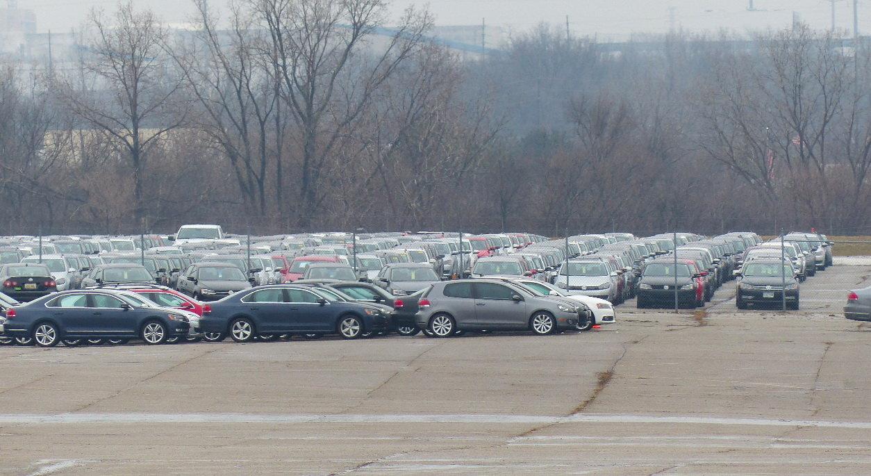 ВСША обнаружили склад стысячами запрещенных после «Дизельгейта» машин