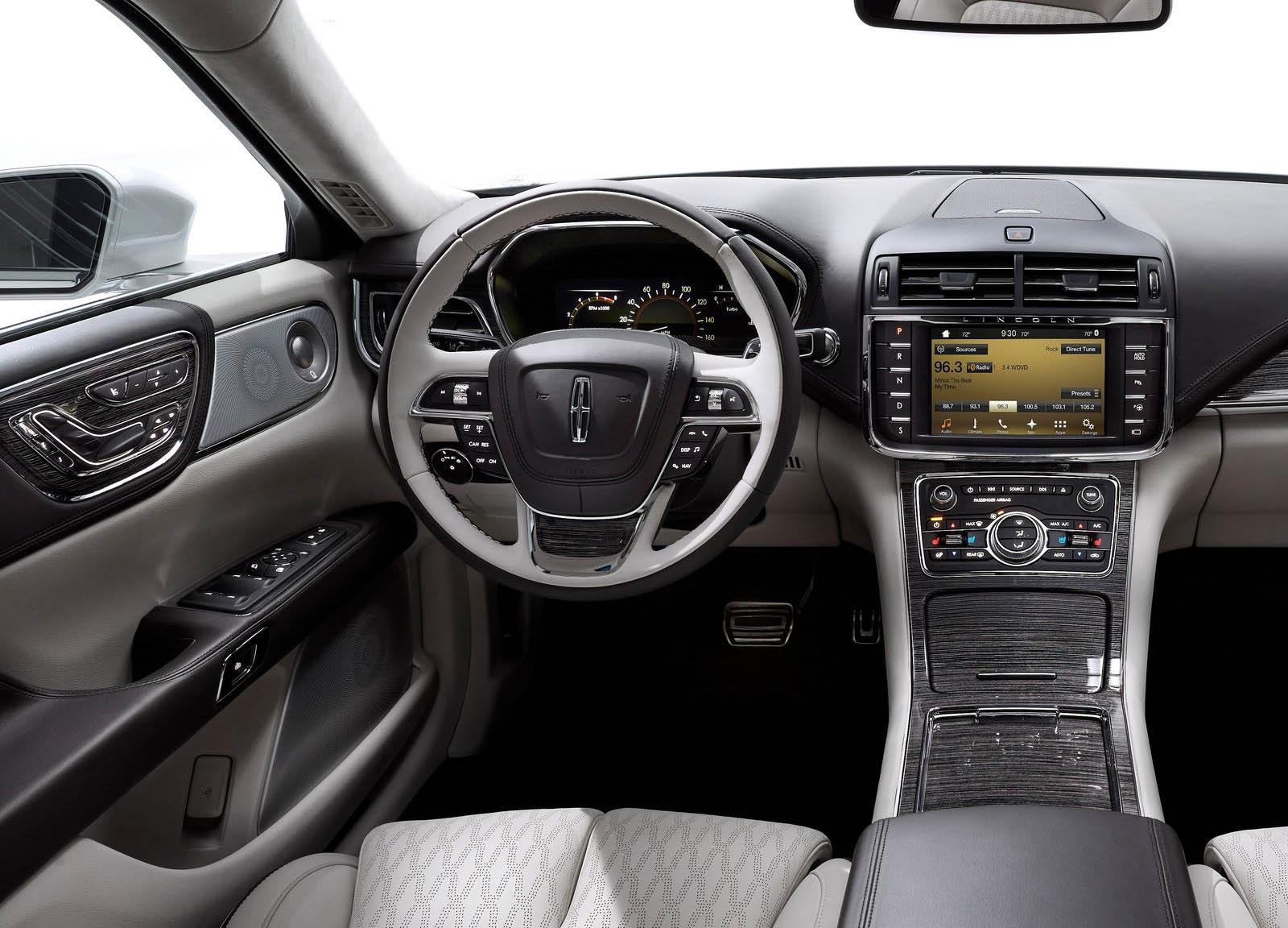 Lincoln-Continental-2017-1600-13