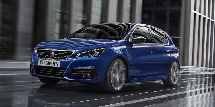 Peugeot (Пежо) продемонстрировал улучшенный хэтчбек 308