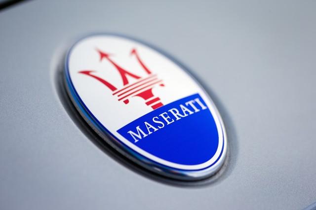 FCA сообщили опереходе Мазерати нагибридные автомобили