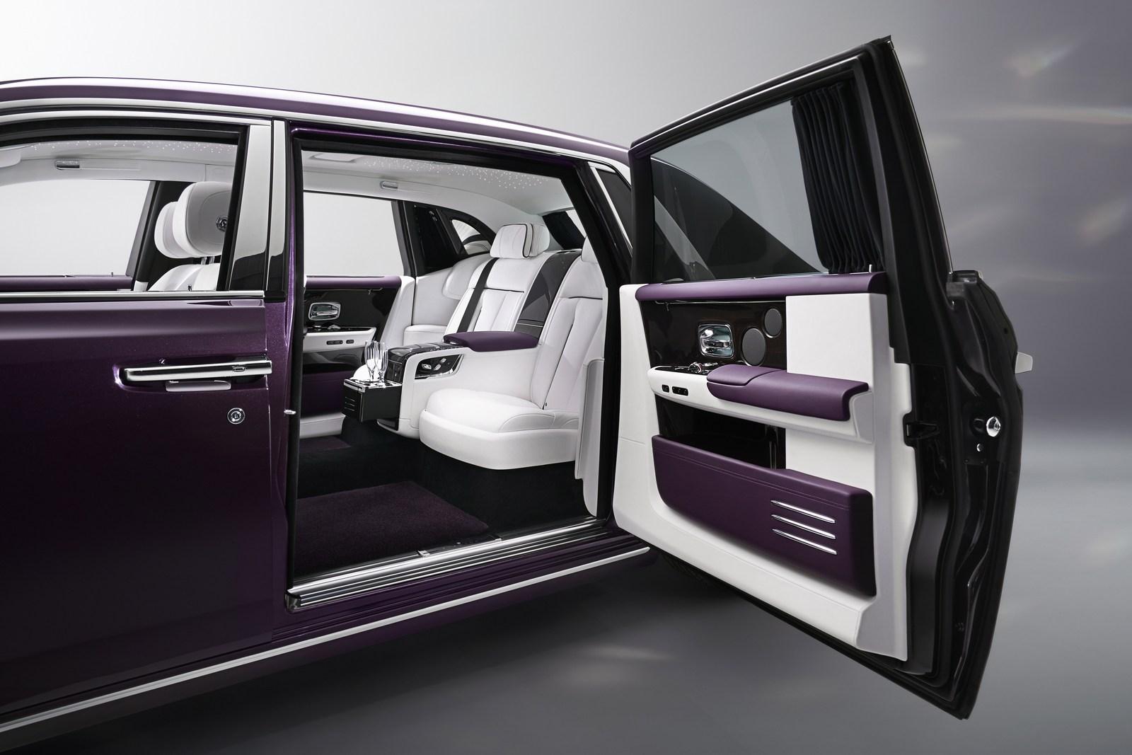 Rolls-Royce-Phantom-22