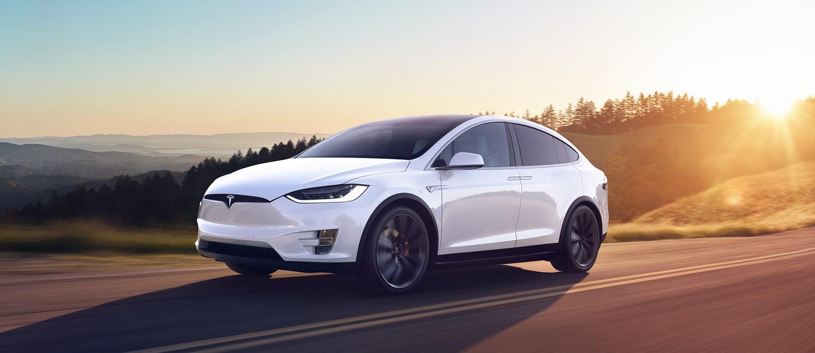 Tesla-Model-X-6