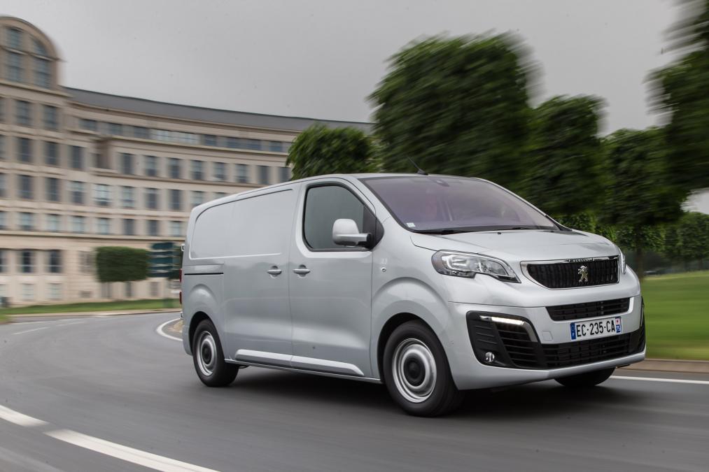 Peugeot запустил новый Expert, который производится совместно с Citroën Jumpy и Toyota Proace.