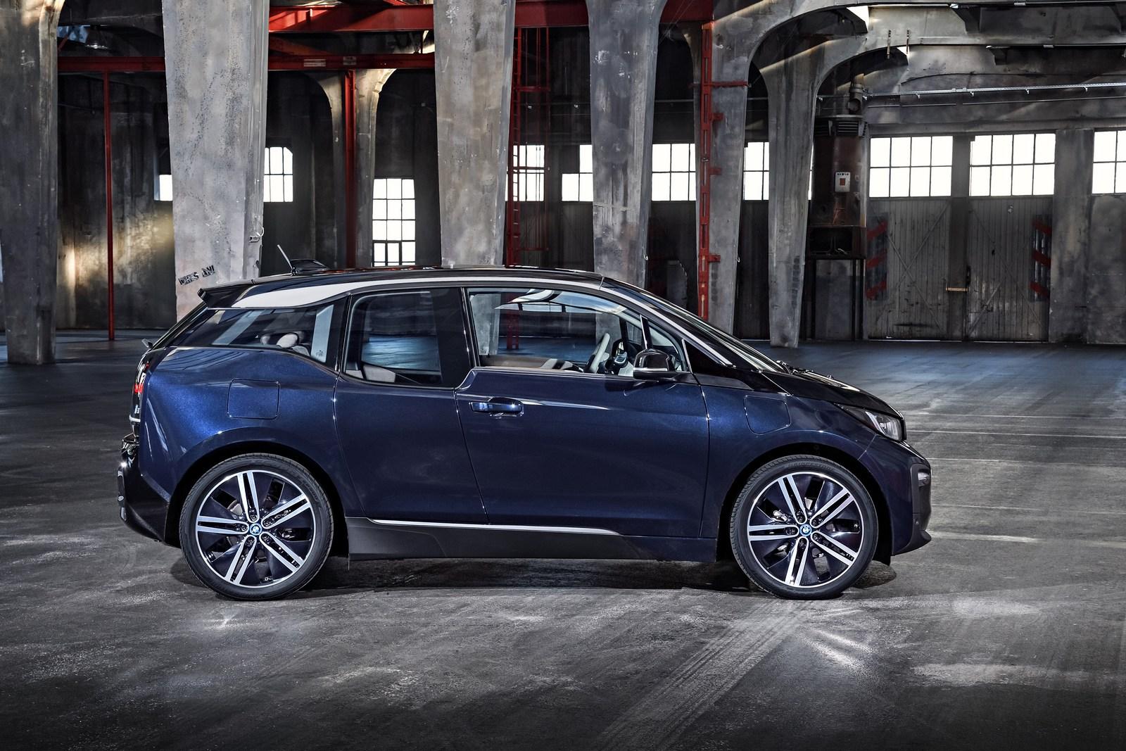 2018-BMW-i3-45