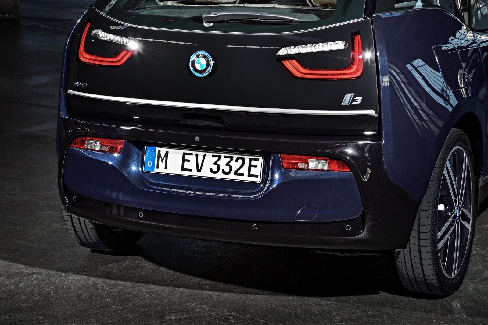 2018-BMW-i3-52