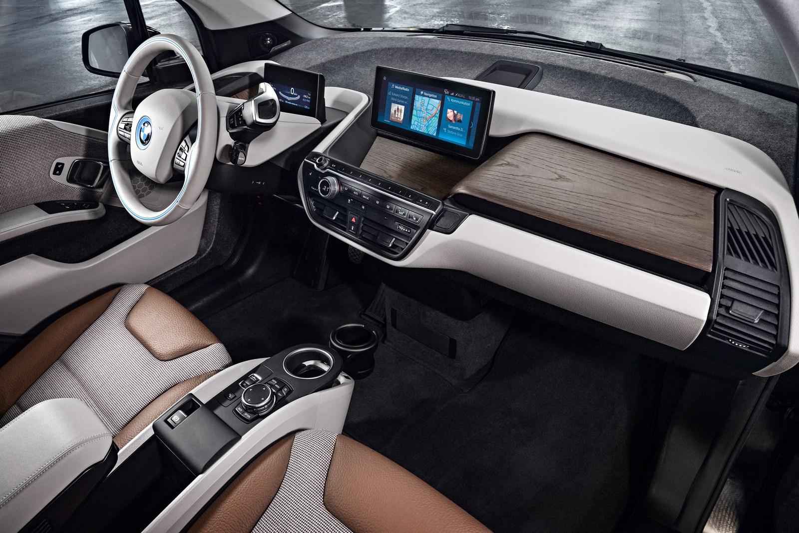 2018-BMW-i3-57