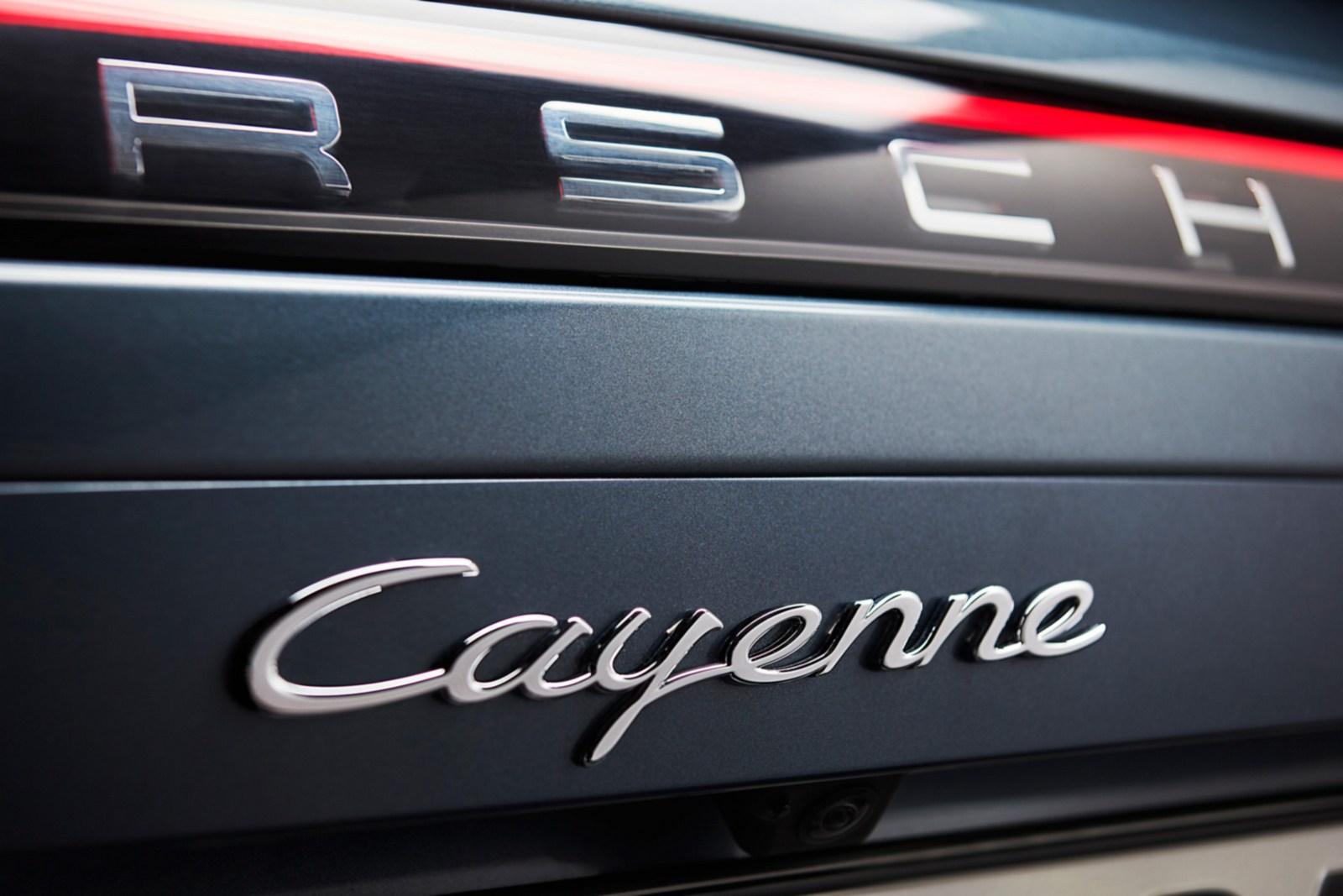 Porsche-Cayenne-11