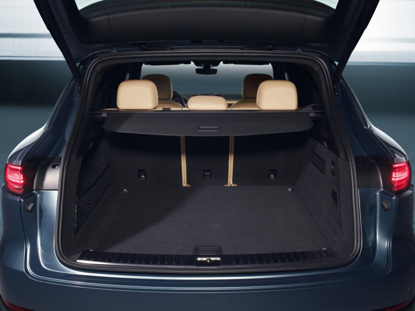 Porsche-Cayenne-14