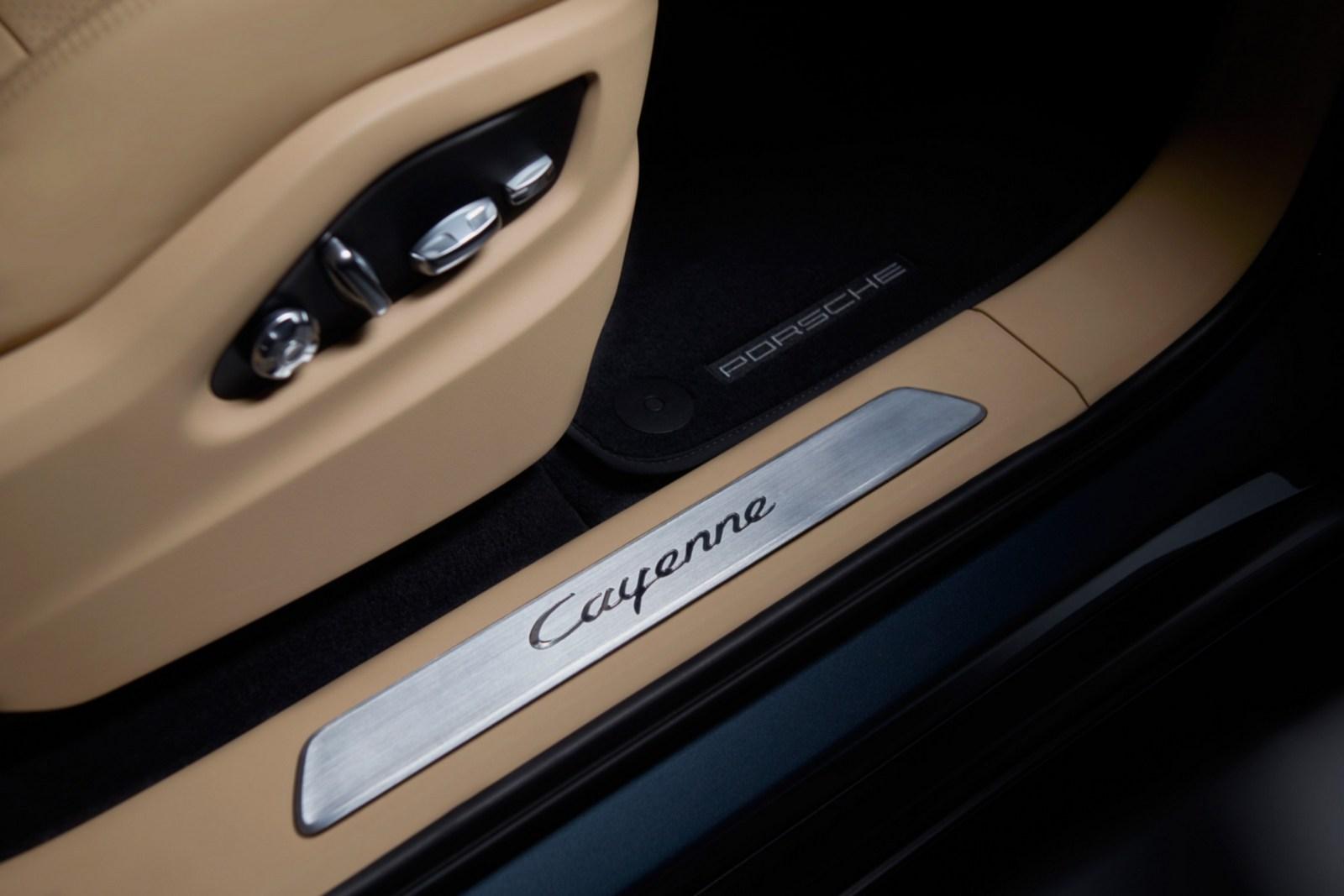 Porsche-Cayenne-21