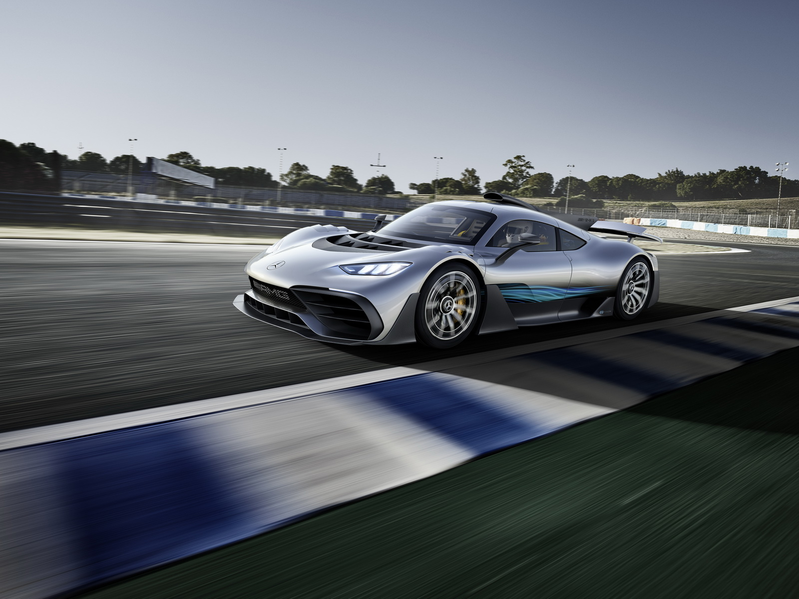 MercedesAMG-ProjectOne-12