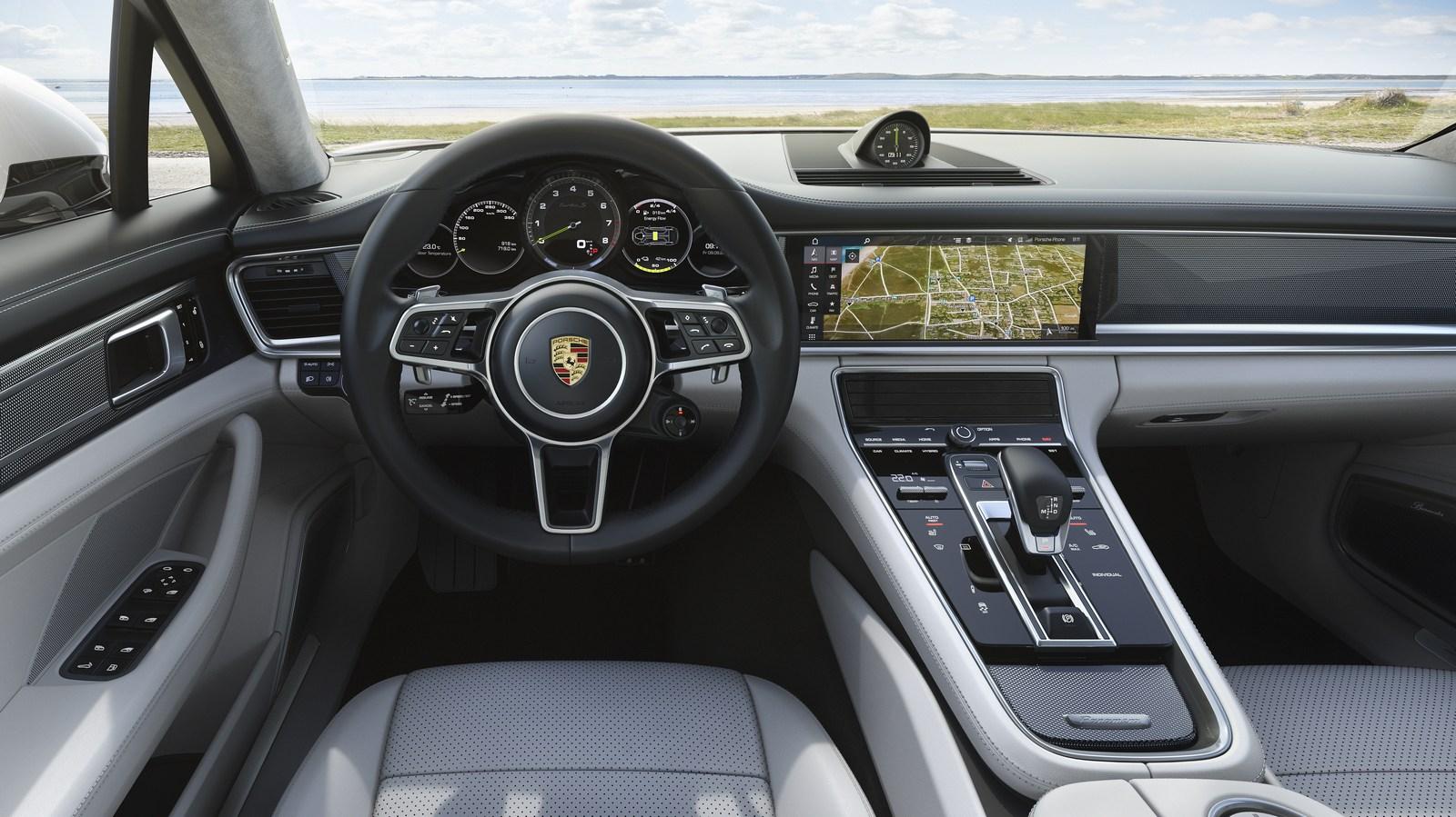 Порше представила универсал Turbo SE-Hybrid Sport Turismo