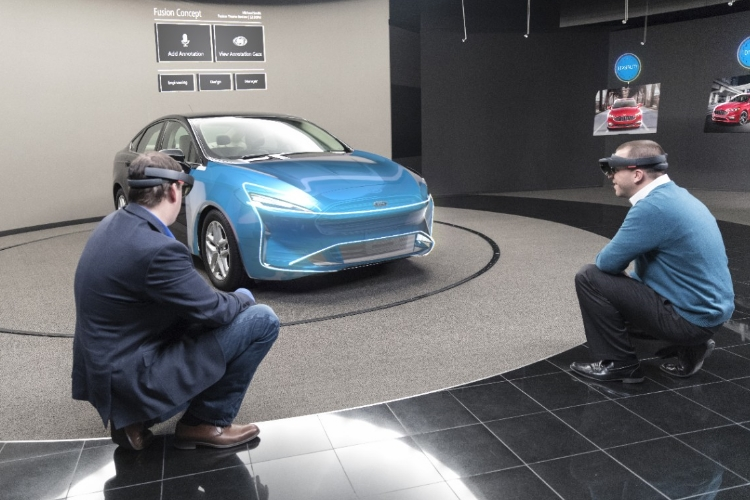 Форд использует Microsoft HoloLens для проектирования авто