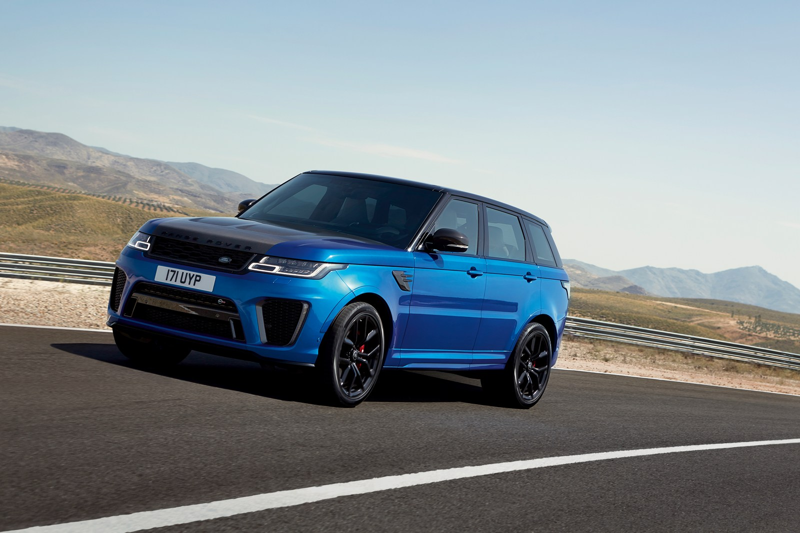 Ленд Ровер представил гибридный джип Range Rover Sport