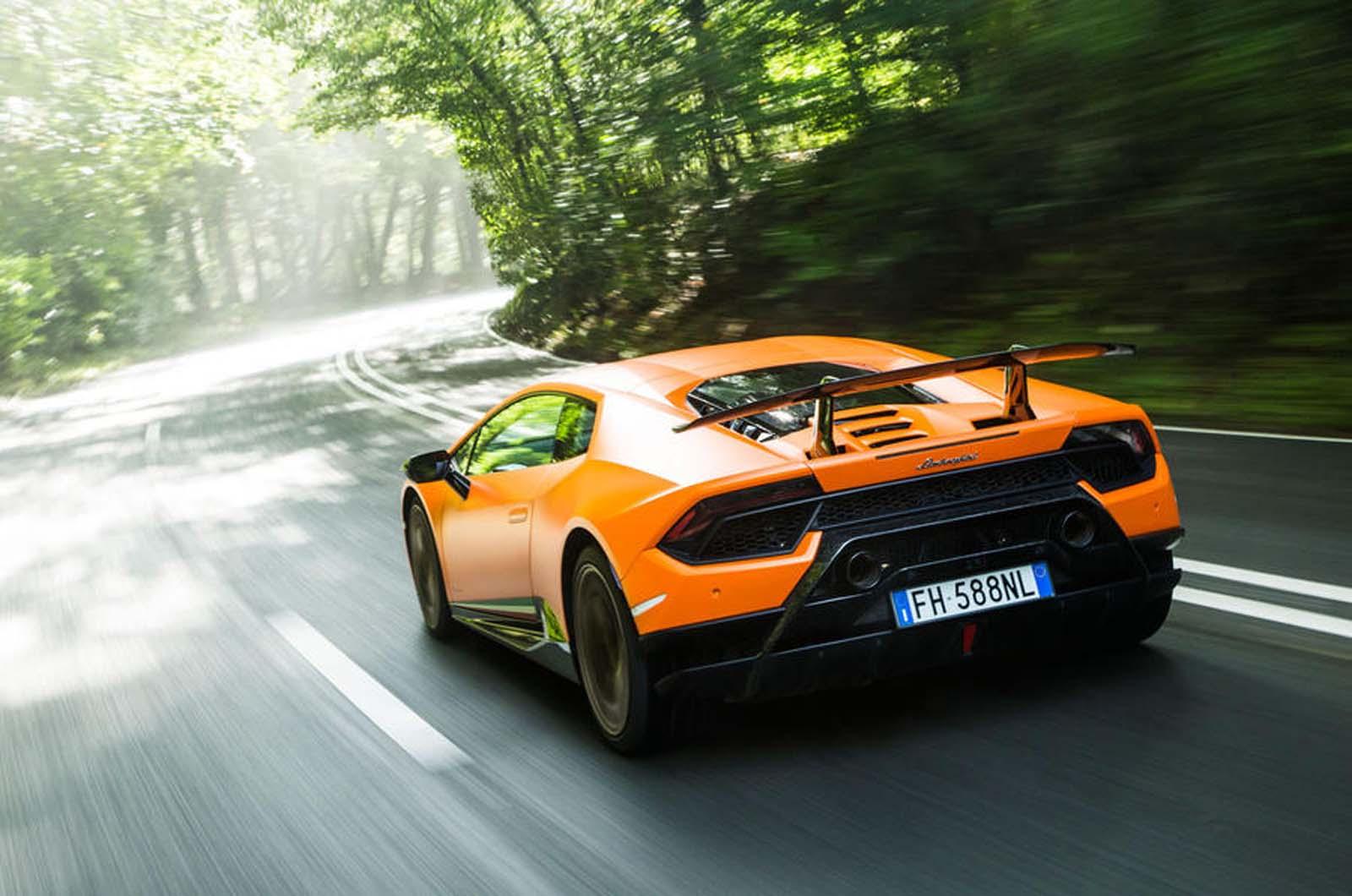 Lamborghini в 2022  представит гибридный Huracan