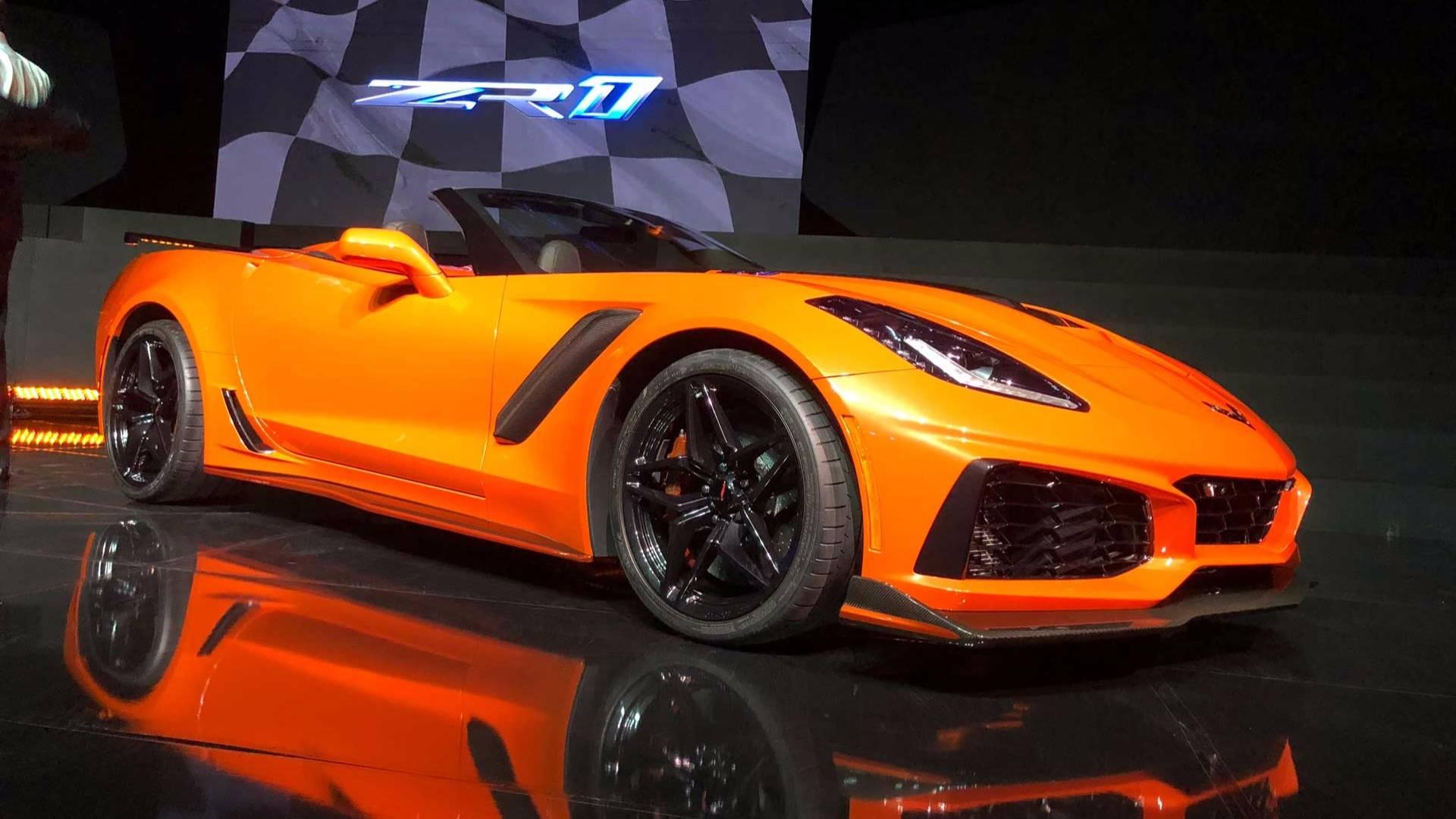 Оранжевый шершень. <b>Новый</b> Chevrolet Corvette ZR1 купе. Фото
