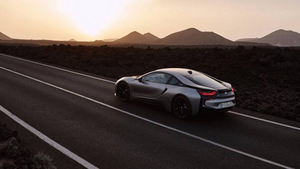 2019-bmw-i8-coupe (1)