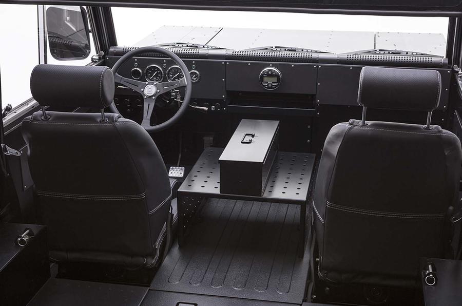 bollinger_b1_interior