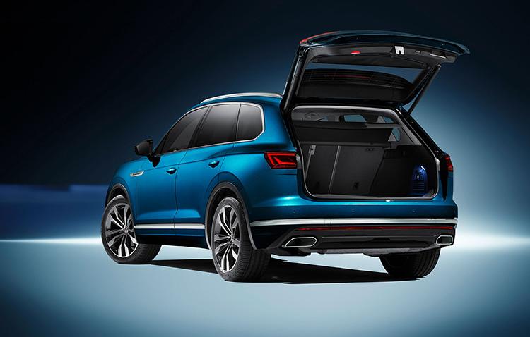 Багажное пространство нового Volkswagen Touareg 2018