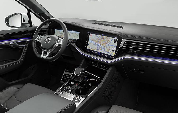 Салон нового Volkswagen Touareg 2018